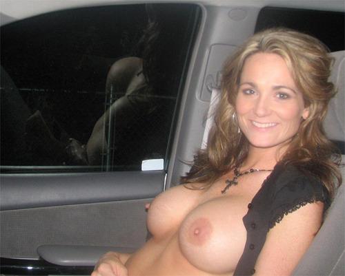 mère au fouyer du 04 veut découvrir le sexe anal