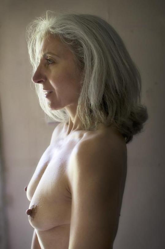 mère au fouyer du 63 veut découvrir le sexe anal
