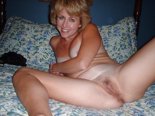 plan cul infidele sur le 32 avec une femme sensuelle