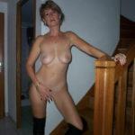 femme mure et nue dans le 39 pour sexe