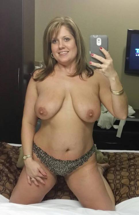 photo de femme en couple porno du 49