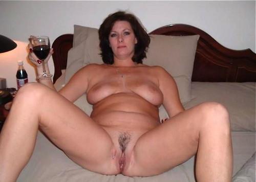 Image pour s'exciter avec une femme mature nue 16