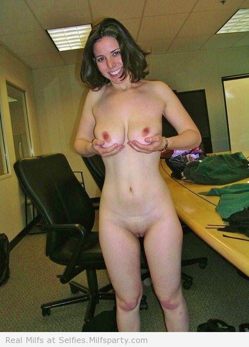 plan cul infidele sur le 65 avec une femme sensuelle