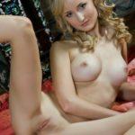 femme sein nu du 17